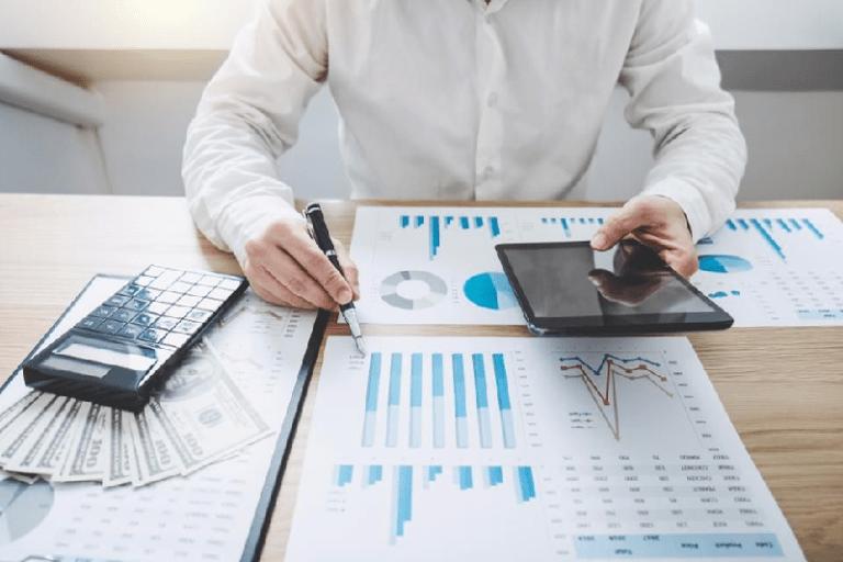 Evaluate steps taken for competitive digital marketing strategies in 2020